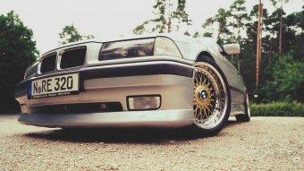 BBS RC 090 Felge in 8x17 ET 20 mit Michelin Sport 4 Reifen in 215/40/17 montiert vorn und mit folgenden Nacharbeiten am Radlauf: gebördelt und gezogen Hier auf einem 3er BMW E36 320i (Coupe) Details zum Fahrzeug / Besitzer