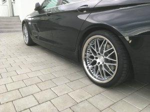 Breyton Spirit II Felge in 10x20 ET 40 mit Bridgestone Potenza Reifen in 275/30/20 montiert hinten Hier auf einem 5er BMW F11 530d (Touring) Details zum Fahrzeug / Besitzer