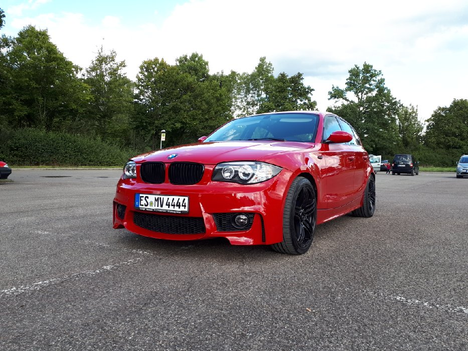red & black 116i - 1er BMW - E81 / E82 / E87 / E88