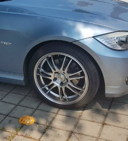 Dotz  Felge in 8x18 ET 35 mit Goodyear Eagle F1 Asymmetric 3 Reifen in 225/40/18 montiert vorn Hier auf einem 3er BMW E90 320i (Limousine) Details zum Fahrzeug / Besitzer
