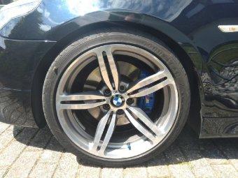 BMW M167 Felge in 8.5x19 ET 12 mit Goodyear Eagle Reifen in 245/35/19 montiert vorn Hier auf einem 5er BMW E60 530i (Limousine) Details zum Fahrzeug / Besitzer