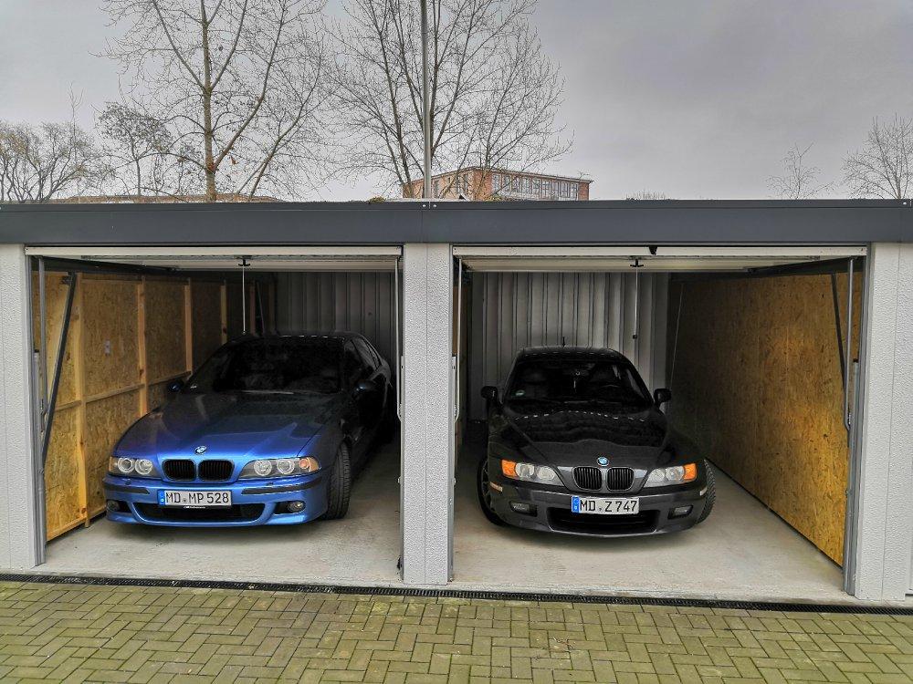 Black Sneaker - BMW Z1, Z3, Z4, Z8