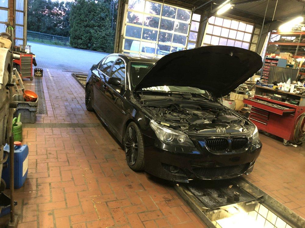 BMW E60 Saphirblack Story - 5er BMW - E60 / E61