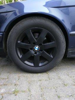 Autec  Felge in 7.5x16 ET 15 mit Pirelli Cinturato p7 Reifen in 225/55/16 montiert vorn Hier auf einem 5er BMW E34 525i (Limousine) Details zum Fahrzeug / Besitzer