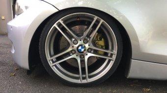 BMW M313 Doppelspeiche Felge in 7.5x18 ET 49 mit Toyo Proxes T1-R Reifen in 205/35/18 montiert vorn mit 12 mm Spurplatten Hier auf einem 1er BMW E87 130i (5-Türer) Details zum Fahrzeug / Besitzer