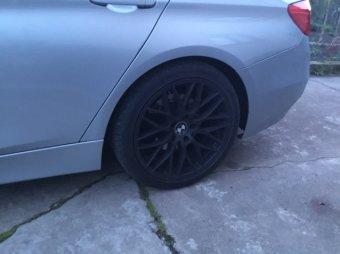 AEZ Antigua Felge in 8x18 ET 30 mit Hankook EVO S1 Reifen in 225/45/18 montiert hinten Hier auf einem 3er BMW F31 318d (Touring) Details zum Fahrzeug / Besitzer