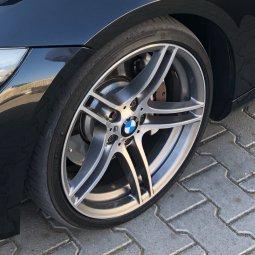 BMW M Performance 313er Felge in 9x19 ET  mit Michelin  Reifen in 225/35/19 montiert vorn Hier auf einem 3er BMW E93 335i (Cabrio) Details zum Fahrzeug / Besitzer