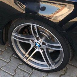 BMW M Performance 313er Felge in 9x19 ET  mit Michelin  Reifen in 255/30/19 montiert hinten Hier auf einem 3er BMW E93 335i (Cabrio) Details zum Fahrzeug / Besitzer