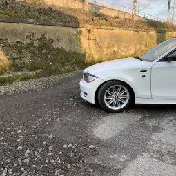 BMW Styling M207 Felge in 7.5x17 ET 47 mit Michelin  Reifen in 205/50/17 montiert vorn Hier auf einem 1er BMW E88 118i (Cabrio) Details zum Fahrzeug / Besitzer