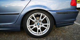 BMW Styling 354 Felge in 8x17 ET 45 mit Hankook W320B Reifen in 225/45/17 montiert hinten Hier auf einem 3er BMW E46 318i (Limousine) Details zum Fahrzeug / Besitzer