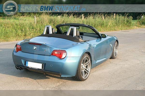 Maledivenblauer Z4 Mit M Aero Performance Parts Bmw Z1