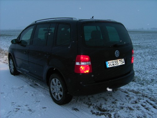 vw touran 1 9 tdi black fremdfabrikate tuning. Black Bedroom Furniture Sets. Home Design Ideas
