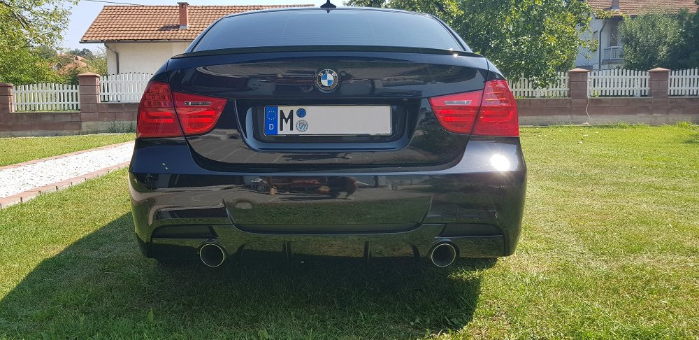 330d LCI BMW ///M Performance - 3er BMW - E90 / E91 / E92 / E93