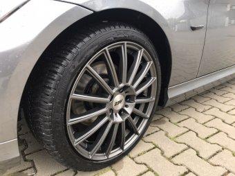 AEZ  Felge in 8x18 ET 34 mit Michelin  Reifen in 225/40/18 montiert vorn Hier auf einem 3er BMW E90 320d (Limousine) Details zum Fahrzeug / Besitzer