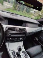 Black F11 530D - 5er BMW - F10 / F11 / F07 - Innen.jpg