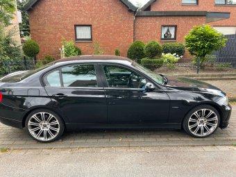MAM 220 Felge in 9x19 ET 30 mit Continental  Reifen in 235/35/19 montiert vorn mit 10 mm Spurplatten Hier auf einem 3er BMW E90 318i (Limousine) Details zum Fahrzeug / Besitzer