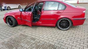 Barracuda Voltec T6 highgloss black Felge in 8x19 ET 38 mit Semperit  Reifen in 235/35/19 montiert hinten Hier auf einem 3er BMW E46 316i (Limousine) Details zum Fahrzeug / Besitzer
