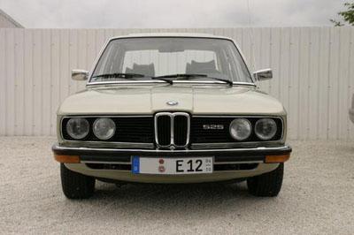 BMW 525 e12 - Fotostories weiterer BMW Modelle - 525Front.JPG