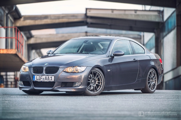 E92 325i - 3er BMW - E90 / E91 / E92 / E93