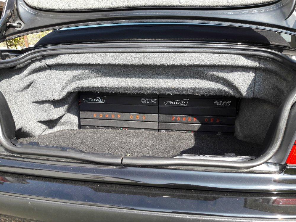 30cm Subwoofer im im Skisack (E36 Cabrio) - Fotos von CarHifi & Multimedia Einbauten
