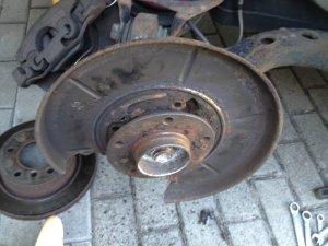 BMW E30 E36 Ankerblech Spritzblech Ankerplatte hinten RECHTS Bremsankerblech