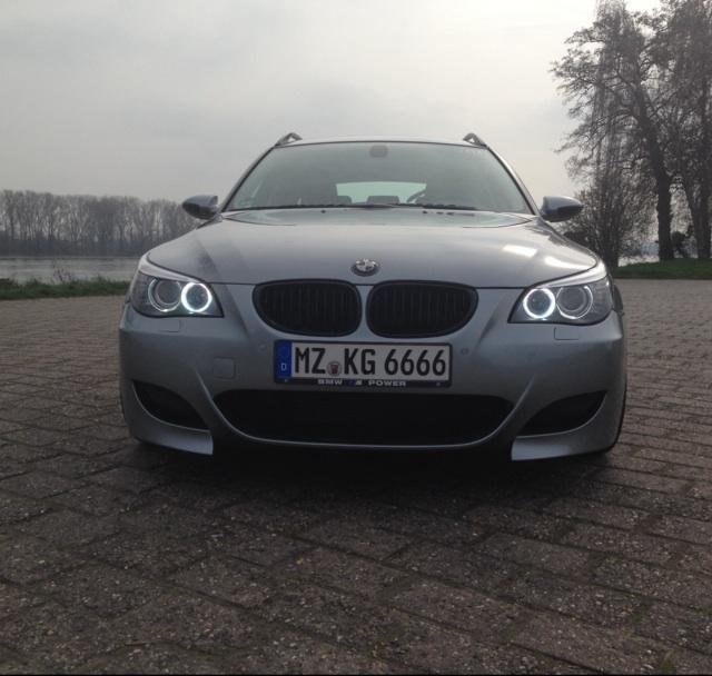 BMW 525dA E61 wird zum M5d mit M167 Schaltwippen - 5er BMW - E60 / E61