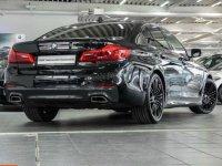 BMW 530 xDrive Black Panther - 5er BMW - G30 / G31 und M5 - G30-Front2.jpg