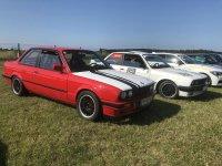 E30 318is Spielzeug :-) - 3er BMW - E30 - 6RUA7q.jpg