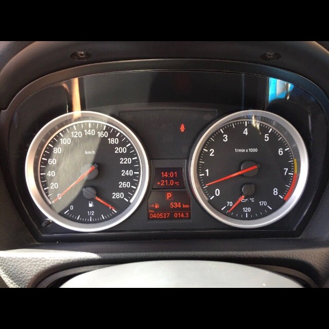 Bmw e92 Coupé 335i Performance XHP Flash White - 3er BMW - E90 / E91 / E92 / E93