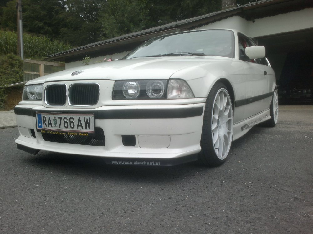 BMW 325i Coupe E36 - 3er BMW - E36