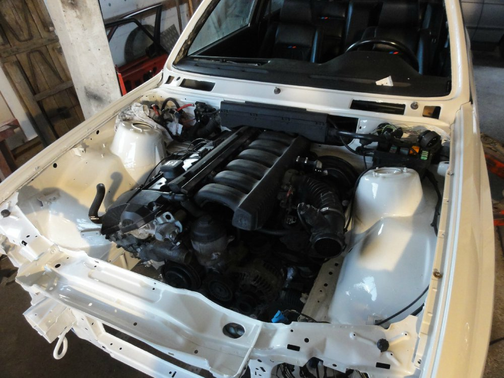 """BMW M3 E30 """"Warsteiner"""" - 3er BMW - E30"""