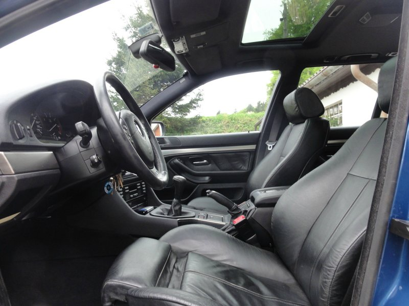 BMW 540i Touring, 6-Gang - 5er BMW - E39