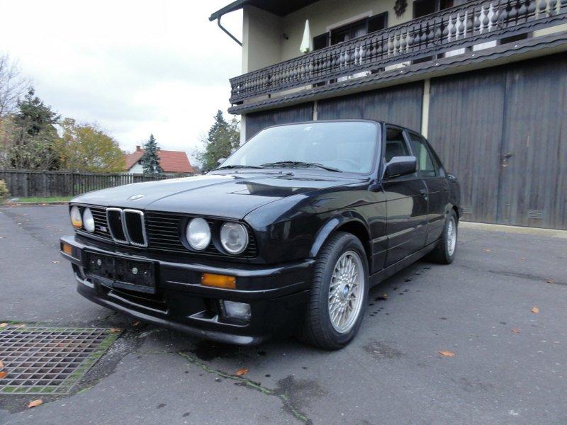 BMW 325i E30 - 3er BMW - E30