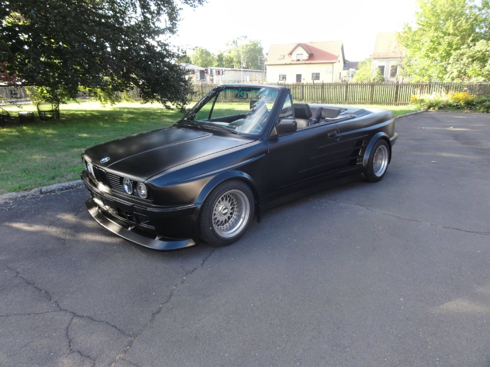 bmw e30 325i cabrio folger breitbau widebody 3er bmw e30 cabrio tuning fotos. Black Bedroom Furniture Sets. Home Design Ideas