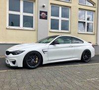 BMW M4 CS - 4er BMW - F32 / F33 / F36 / F82 - 67603459_2099921893466710_842799723097096192_n.jpg