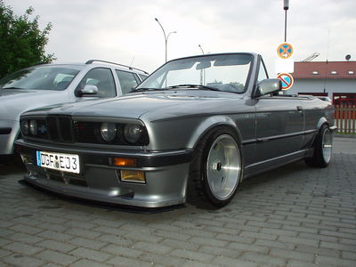 e 30 325i cabrio 3er bmw e30 cabrio tuning. Black Bedroom Furniture Sets. Home Design Ideas