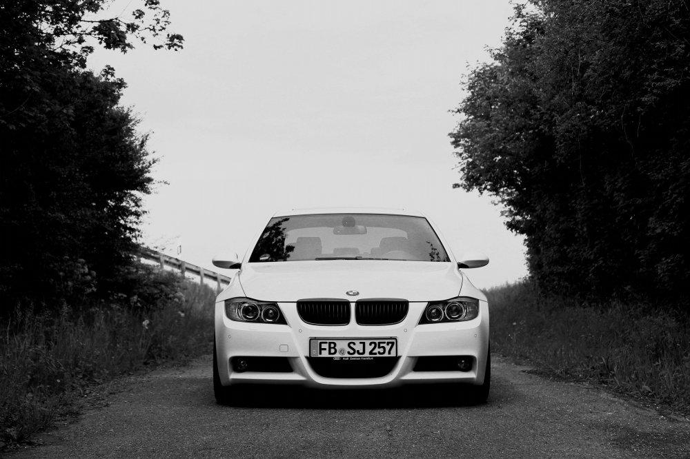 E90 330d M Paket Alpinweiß - 3er BMW - E90 / E91 / E92 / E93