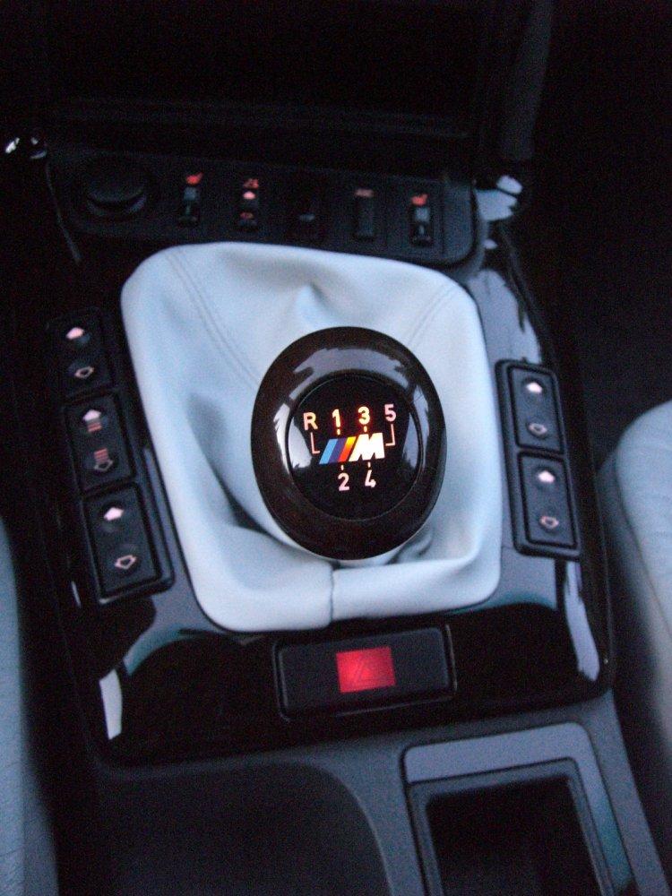 328i cabrio mit seltener farbkombi neue bilder 3er. Black Bedroom Furniture Sets. Home Design Ideas