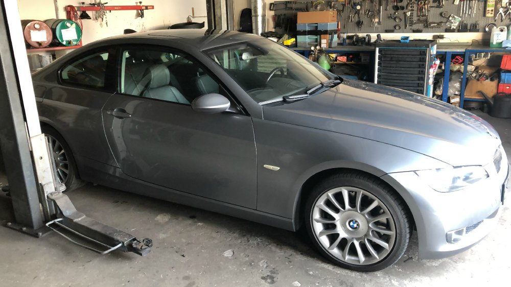 E92 330 XD - 3er BMW - E90 / E91 / E92 / E93