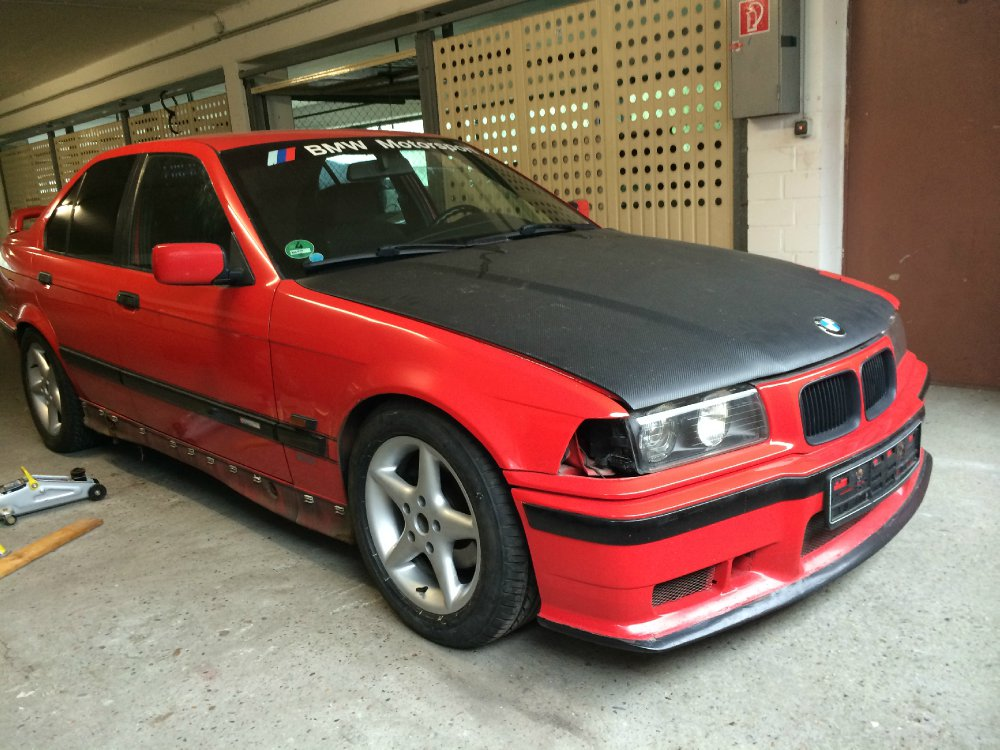 Class 2 -> 98% completed - 3er BMW - E36