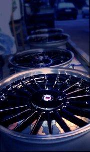 Alpina Classic Felge in 10.5x20 ET  mit Continental  Reifen in 275/40/20 montiert hinten mit 20 mm Spurplatten und mit folgenden Nacharbeiten am Radlauf: Kanten gebördelt Hier auf einem 7er BMW E38 740i (Limousine) Details zum Fahrzeug / Besitzer
