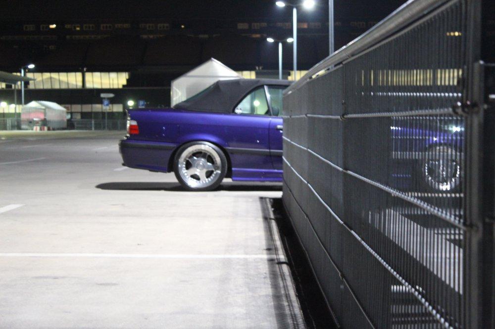 Velvet-Blue Metallic 2,8l - 3er BMW - E36