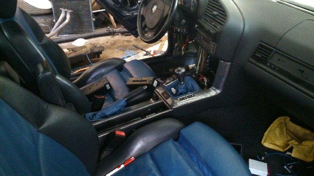 318i cabrio umbau auf 328i 3er bmw e36 cabrio tuning fotos bilder stories. Black Bedroom Furniture Sets. Home Design Ideas