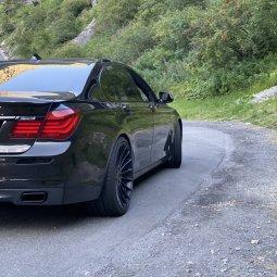Hamann EVO Felge in 10.5x22 ET 40 mit Michelin  Reifen in 295/25/22 montiert hinten mit 10 mm Spurplatten Hier auf einem 7er BMW F01 750i (Limousine) Details zum Fahrzeug / Besitzer