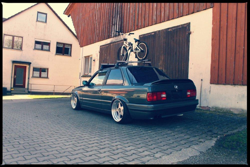 BMW 325i M-Technik 2 - 3er BMW - E30