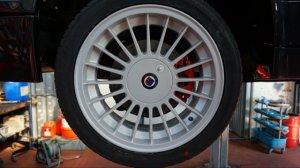 Alpina  Felge in 7x16 ET 28 mit Hankook Ventus S1 Evo Reifen in 205/45/16 montiert hinten Hier auf einem 3er BMW E30 325i (2-Türer) Details zum Fahrzeug / Besitzer