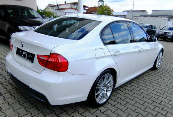 e90 320d lci alpinweiss m paket 3er bmw e90 e91. Black Bedroom Furniture Sets. Home Design Ideas