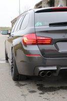 BMW F11 528i - 5er BMW - F10 / F11 / F07 - ohne Kennzeichen_3.jpg