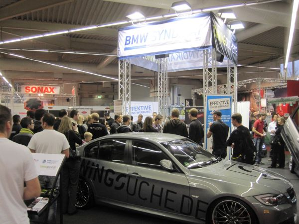 BMW-News-Blog: Gina Lisa zu Gast am BMW Syndikat-Stand - BMW-Syndikat