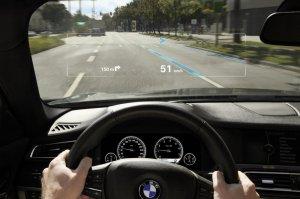 BMW-News-Blog: BMW_Head-Up_Display__BMW-Group_und_virtuelle_Anzeigetafeln